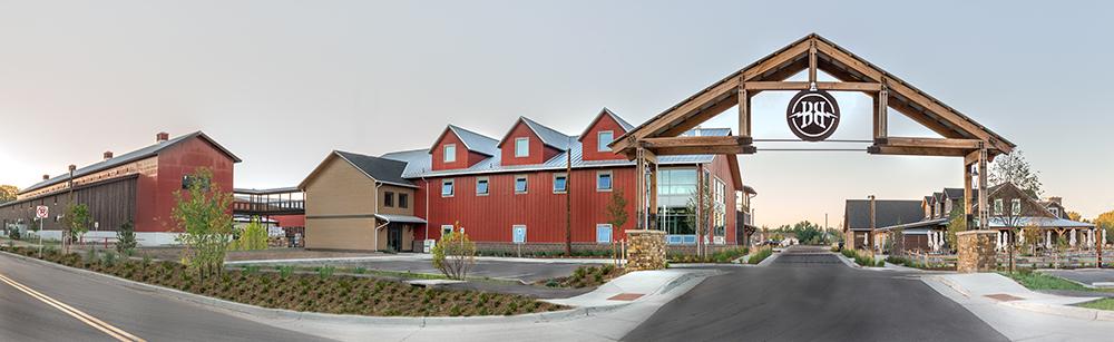 Breckenridge Farmhouse und HUBER